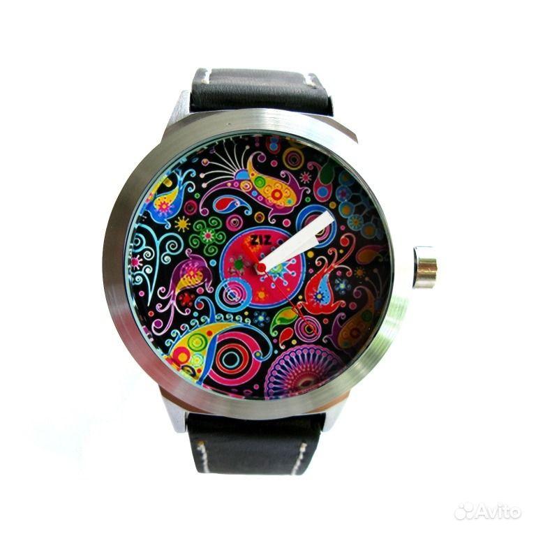 Наручные часы с циферблатом необычной формы