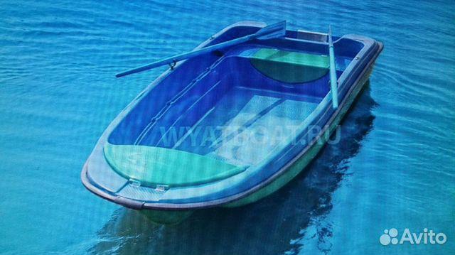 морская лодка пластик