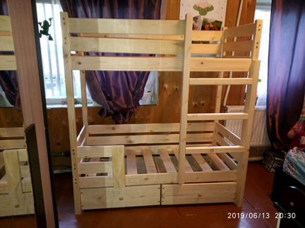 Двухъярусная кровать для детей,новая