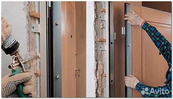 Как поменять входную дверь в квартире