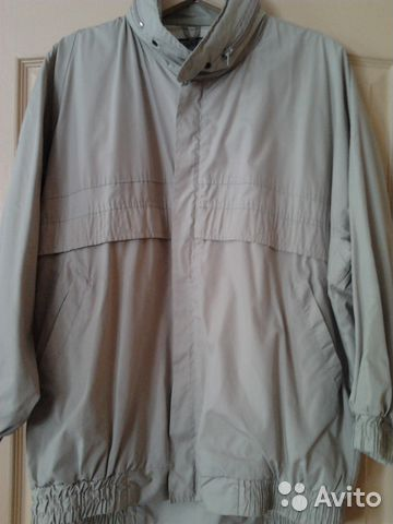 Куртка легкая на подкладке 46-48 размера