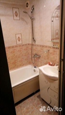 Продается двухкомнатная квартира за 2 600 000 рублей. Мурманск, улица Свердлова, 44к2, подъезд 1.