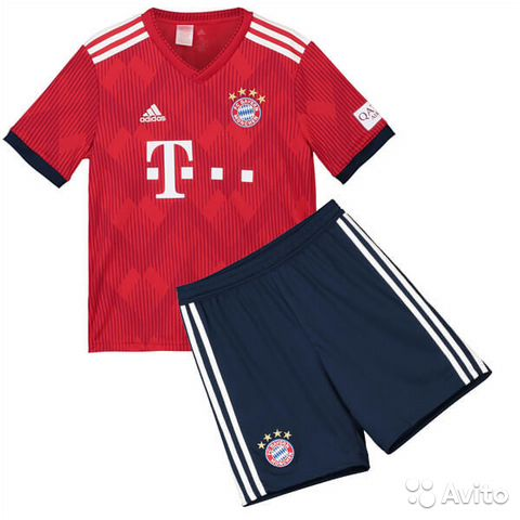 Куплю футбольную форму бавария мюнхен adidas