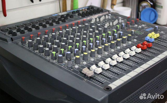 Активный микшерный пульт Soundcraft усилок 600W UK  купить 3