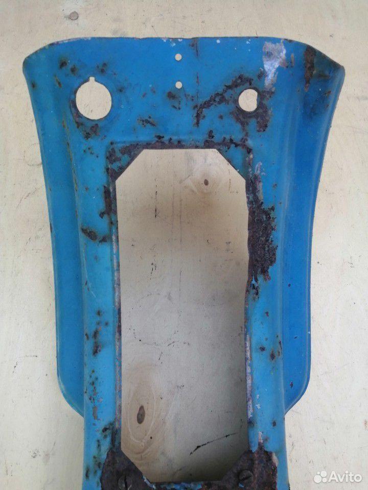 Часть облицовки мотороллера Муравей старого образц  89515008713 купить 3