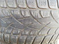 Комплект зимних покрышек Dunlop 225/55 R17