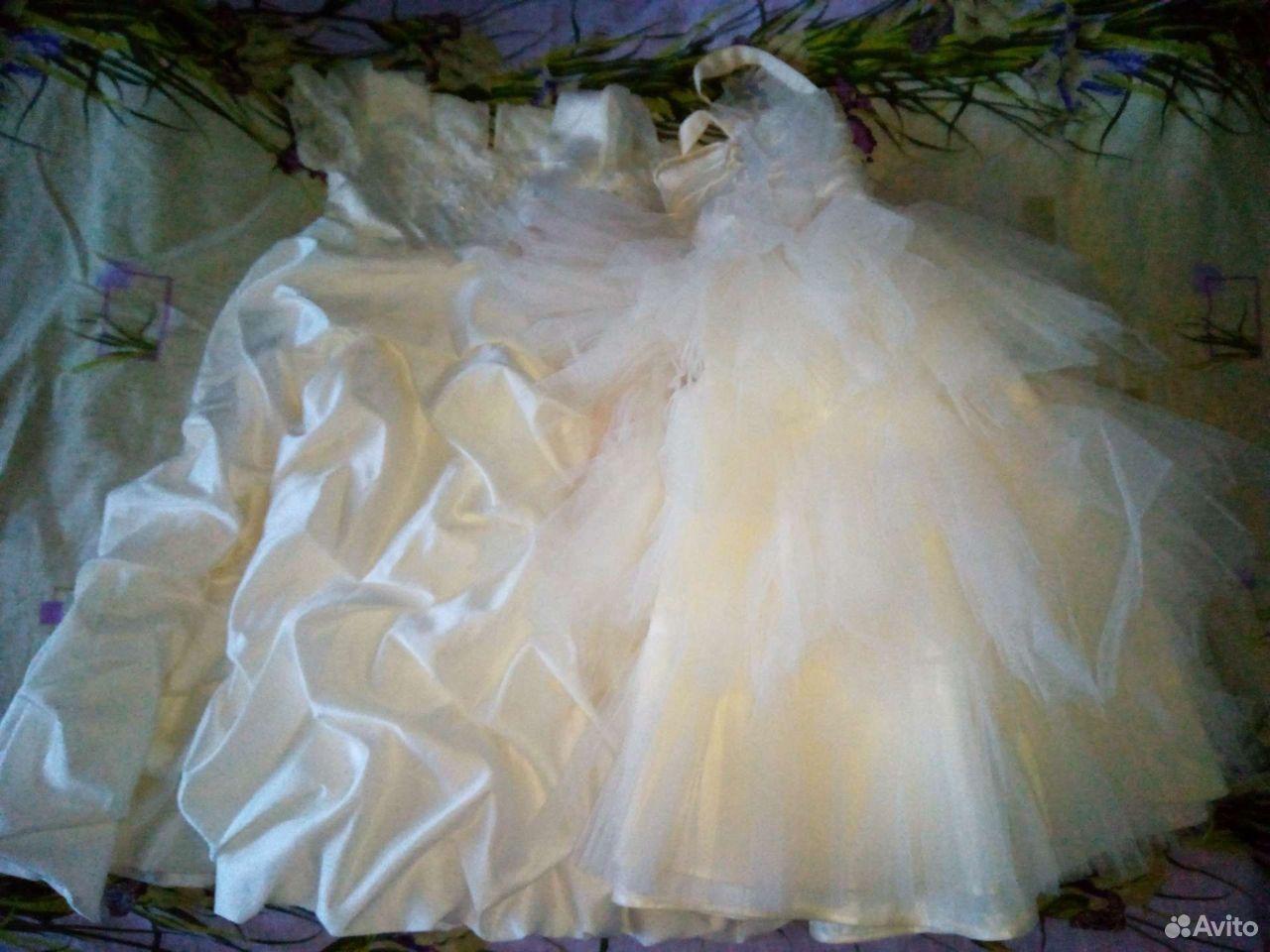 Нарядные платья  89045423133 купить 1