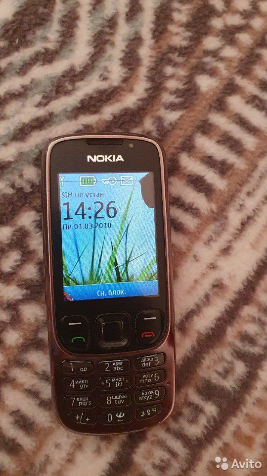 Телефон Nokia 6303